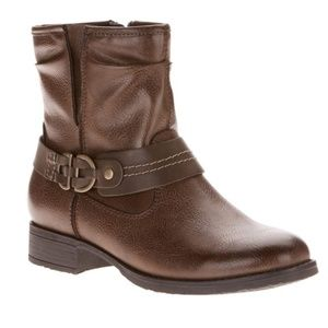 Brown Ankle Boot by Earth Spirit Size 8.5